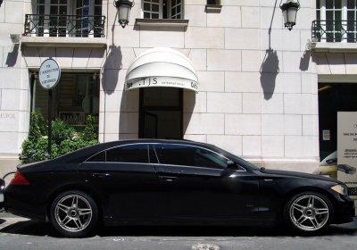 Bermedes - W (Mélange de Mercedes CLS / BMW Series 1 )