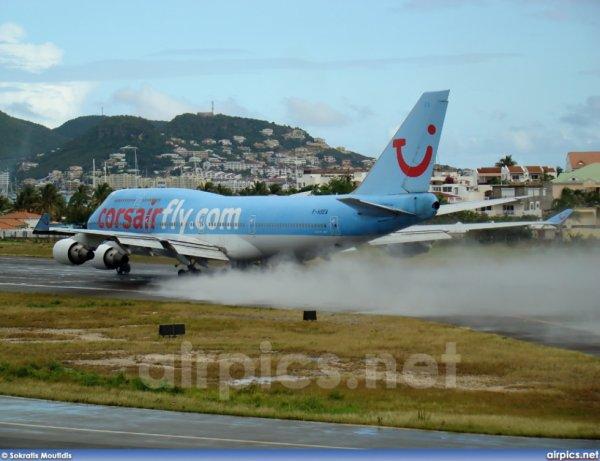 Corsairfly--->Boeing 747-400 ----> Decollage de Princess Juliana