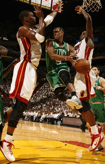 Boston Celtics-Miami Heat 91-102