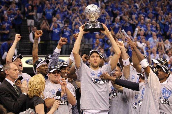 2011 NBA CHAMPIONS DALLAS MAVERICKS