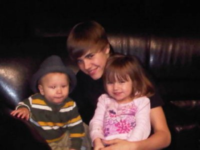 Le père  de Justin a poster une photo sur twitter de Justin, Jaxon et Jazzy :)