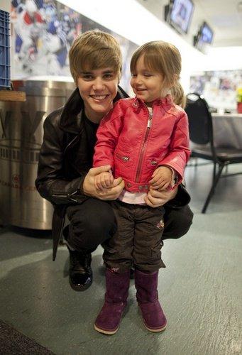 La nouvelle photo Twitter de Justin! Je la trouve trop cute!! :D