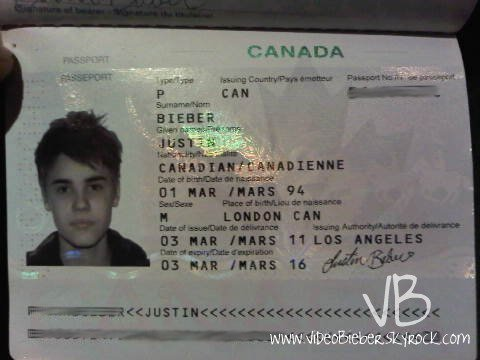 Voici une photo du passeport  de Justin :)