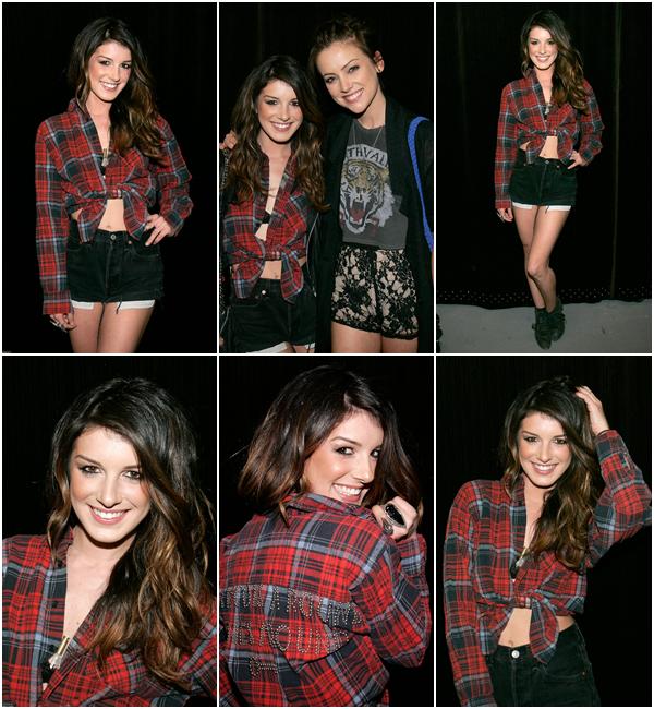 Le 17 Mai 2012 Shenae était présente aux « Upfronts 2012 » de la chaîne CW, qui se tenaient à New York.
