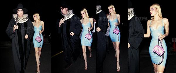 . ● Nicola Peltz et son ami Austin étaient à la fête d'Halloween de Kate Hudson, le 28/10.  .