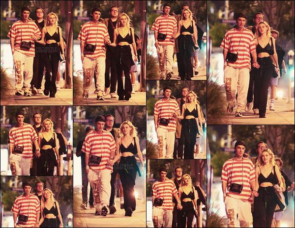 . ● Nicola Peltz a été aperçue dans  West Hollywood, avec son nouveau petit-ami, le 01/07 !  .