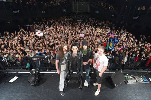 5731 ➜ Showcase à Tokio, Japon (15.12.10)