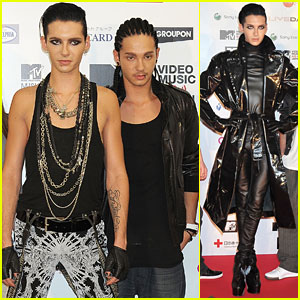 - 6551 - Article internet: Justjared.buzznet.com