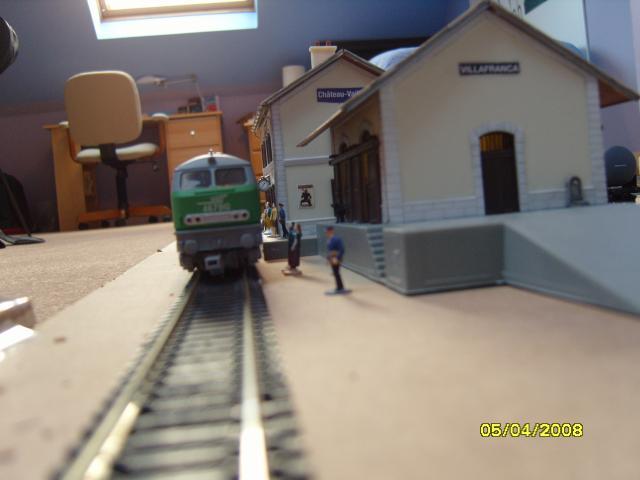 Arriver du train Corail à la gare