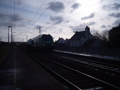 Train fret avec un Wagon Nucléaire à Valognes
