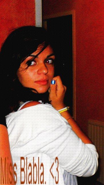 Réaane . 14 Bougie :) . Alias Miss Blabla ♥ Dieupental