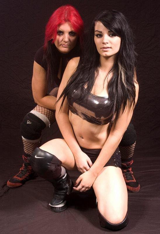 Paige et sa maman Sweet Saraya