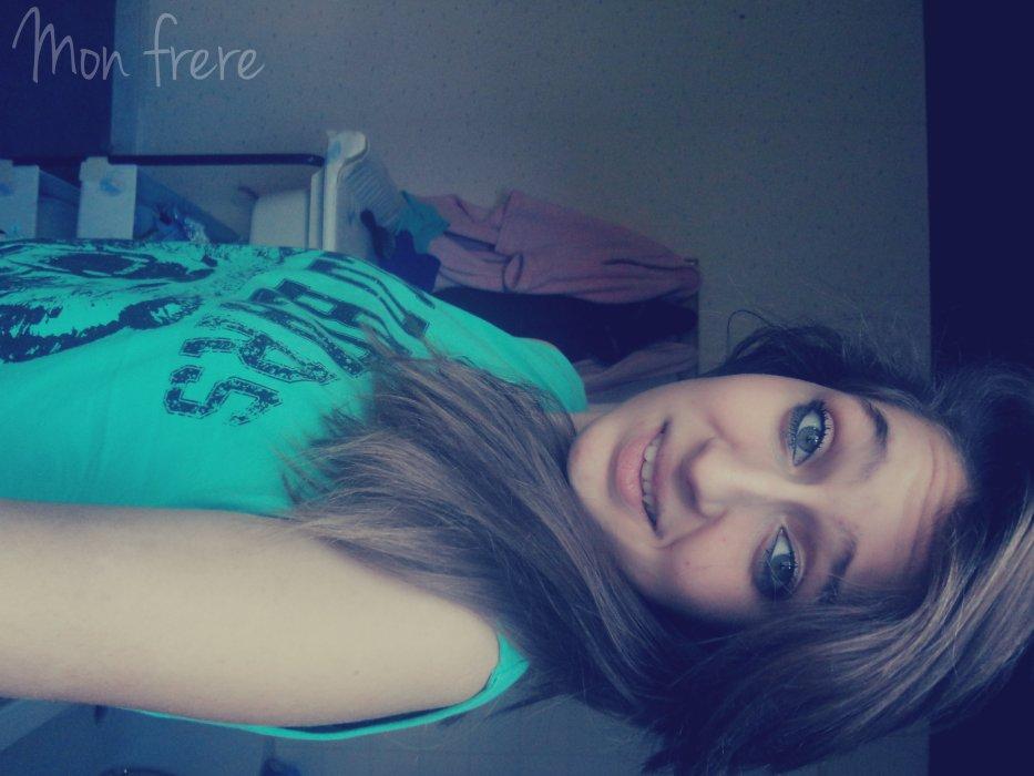 On dit jamais deux sans trois moi je dit jamais toi sans moi. ♥*       #C