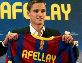 Afellay a signé son contrat de 4 ans et demi avec Barcelone