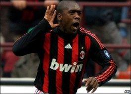 Milan : Seedorf prolonge l'aventure