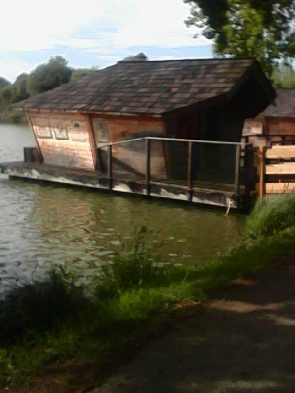 Vacance au Village flottant