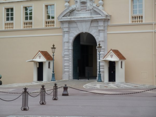 palais du prince <3