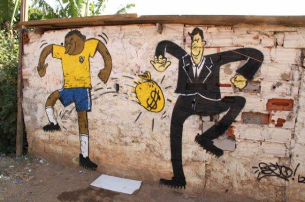 Vive le sport marketing  : expulsions, amassement des richesses, inégalités, domination des peuples.