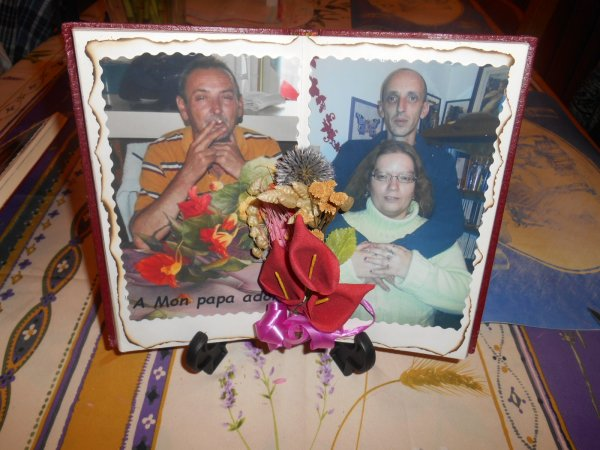 Livres décorés pour un souvenir du papa cadeau de Noel pour ses enfants    15 euros piece