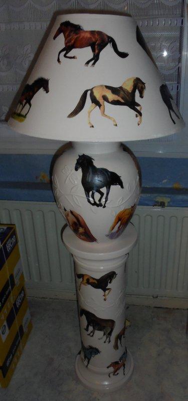 Lampe sur colonne pour mes amis NANA et FRANCIS    100 euros