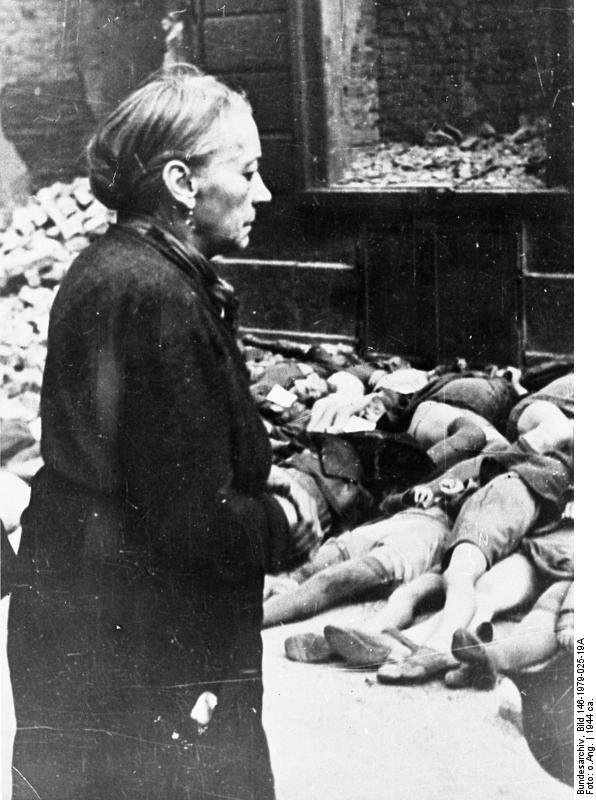 Victimes de la banlieu imediate de Bochum a 20 minutes de route au grand maximum de chez moi 2836 morts .