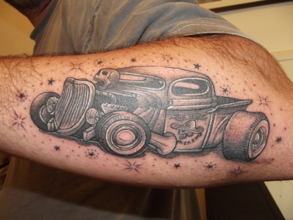 Tattoo old school hot rod fantasy tattoo piercing for Hot rod tattoos