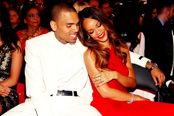 Photo coup de coeur : Chris & Rihanna aux Grammy !