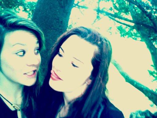 Plus qu'une soeur.. ♥