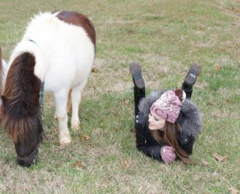 Caitlin et son poney