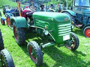 je vous presente le tracteur bautz