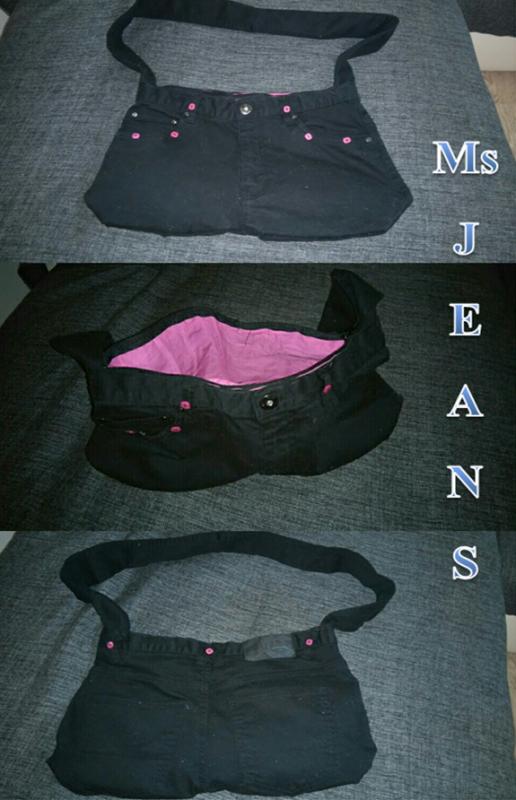 une commande de noël: sac noir intérieur rose framboise
