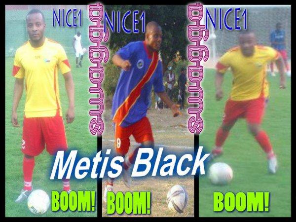 Retour de Metis Black a la Page