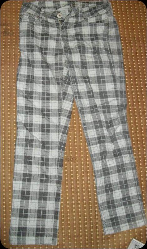 Jeans a carreau blanc & gris :)