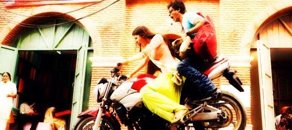 ►Delhimotionx3... Ta Source Sur Le Cinéma Indien et ses Vedettes... ►Article Présentation de Film : Rab Ne Bana Di Jodi