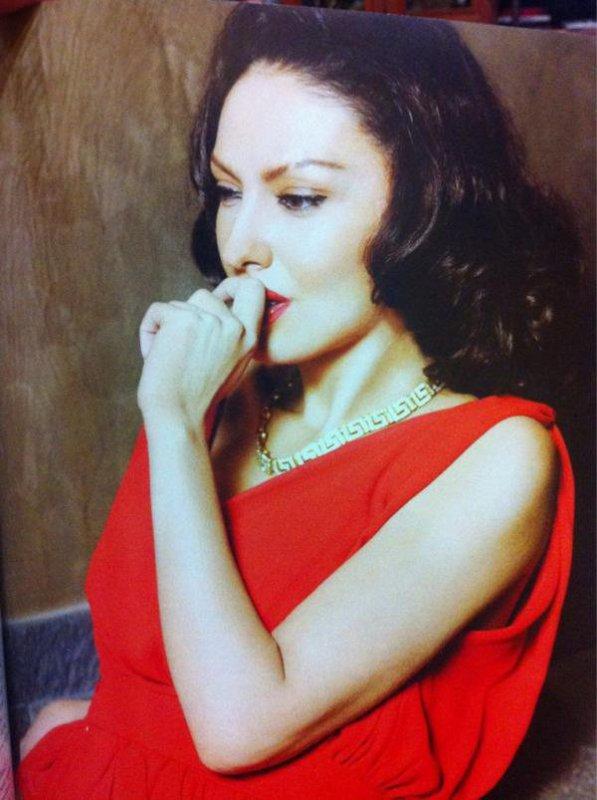adelina ismaili 2012 show bizi shqiptar