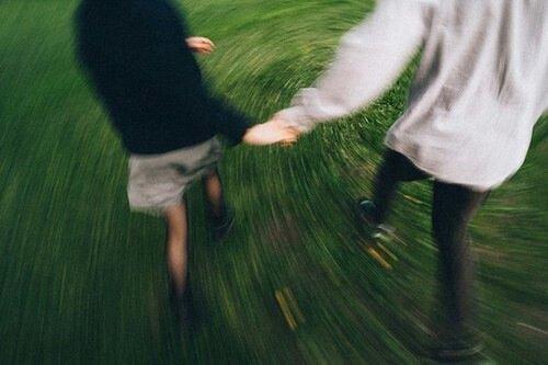 « On a tous une vision différente du bonheur: la mienne, c'est d'être avec toi. »