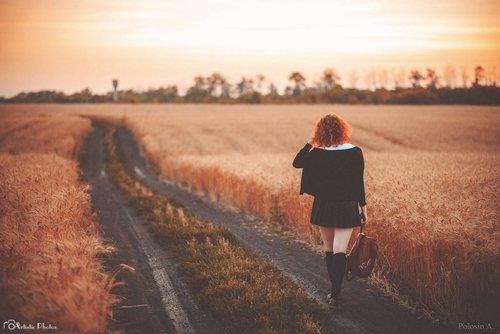 """"""" Le succès n'est pas final, l'échec n'est pas fatal : c'est le courage de continuer qui compte."""""""