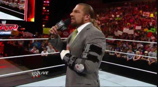 Triple H vs Lesnar ça presse! Saisis un titre d'article ici !