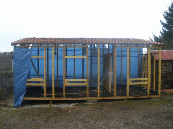 CONSTRUCTION DE MON NOUVEAU PIGEONNIER (PARTIE 6)