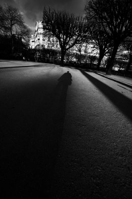 Vivre dans l'ombre