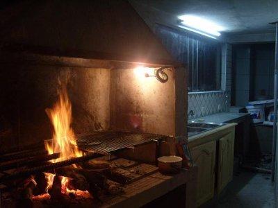 Cuisine Feu De Bois la cuisine au feu de bois!! - cazamelie location saisonniere