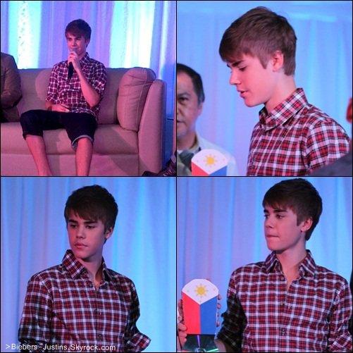 .   10/05/11 -  Justin donné une conférence de presse en Asie   .   Justin est Vraiment Magnifique !  :)     .