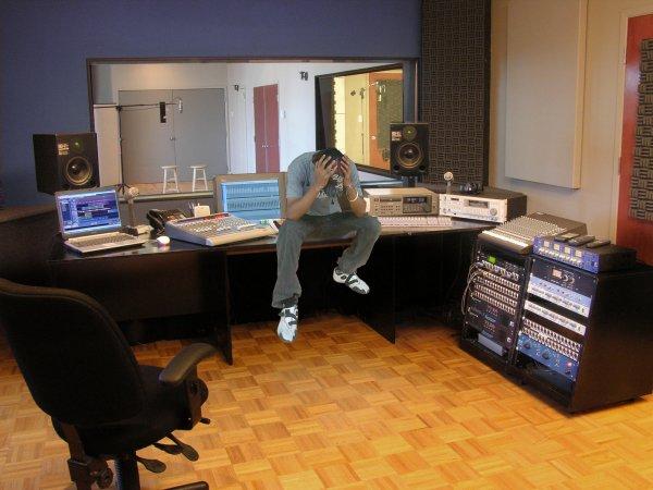studio d 39 enregistrement professionnel jad man a k a mastro de rap. Black Bedroom Furniture Sets. Home Design Ideas