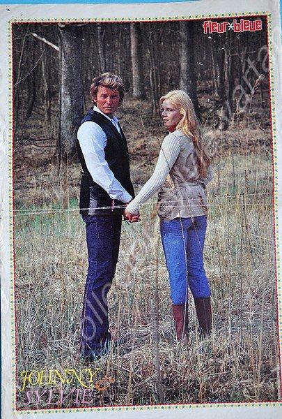 poster magazine hors serie numéro 16 fleur bleu de 1978 johnny et sylvie
