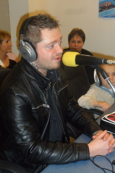 en interview sur frequence plus andenne 15/03/2011
