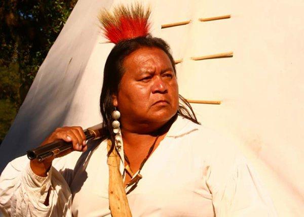 Conseil amérindienne Offres Amnesty à 240 millions de Blancs sans-papiers