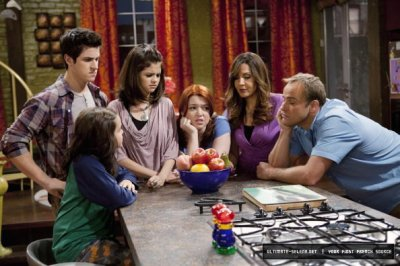 Les Sorciers de Waverly Place > Saison 04 > Episodes Stills > 4.09 - Wizards vs Angels
