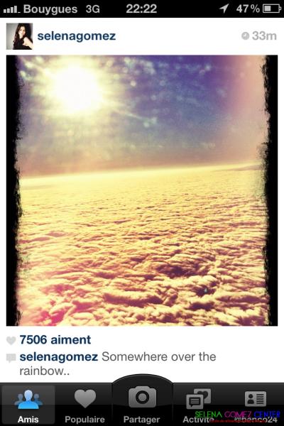 Selena Gomez poste 3 photos sur Instagram