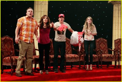 Wizards of Waverly Place' Finale:
