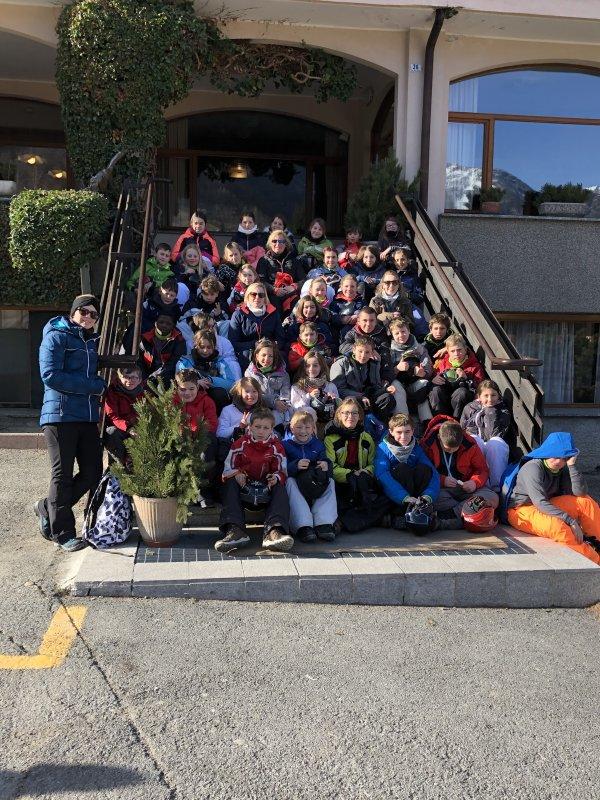 Hamois devant l'hôtel